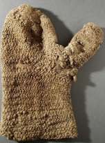 Naalbound glove, Lund, Oslostitch. Around 14:th cent